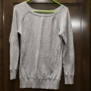 SO Large grey long sleeve sweater
